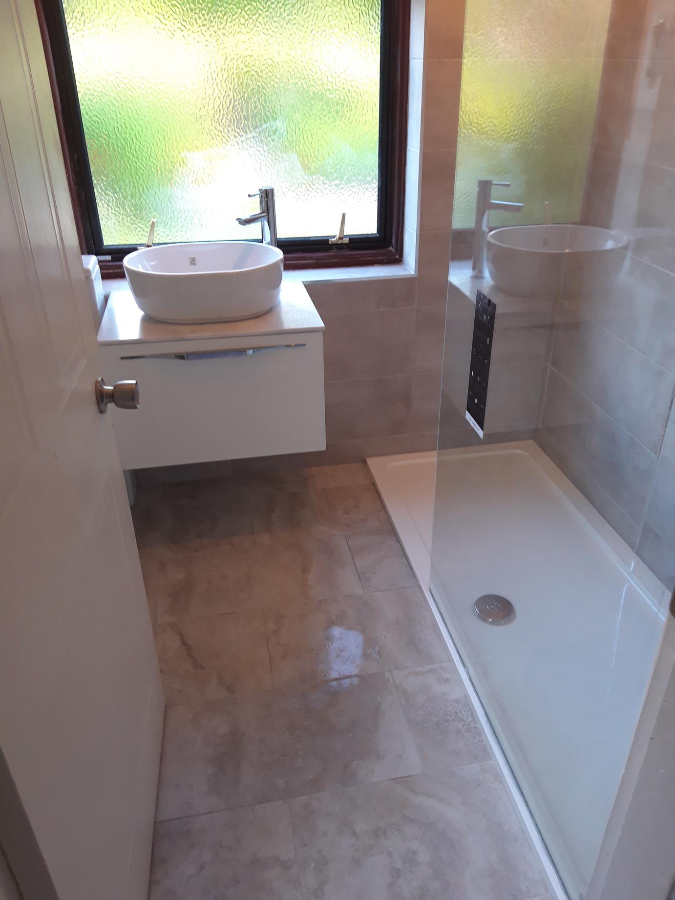 shower-room-&-sink-tiles